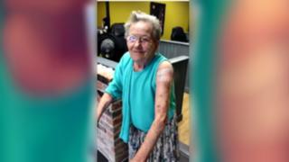 VIDEO: anciana desapareció de asilo y fue encontrada en lugar menos pensado