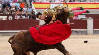 España: toro embiste brutalmente a joven torero en Madrid