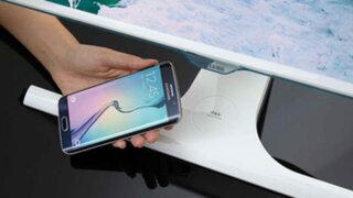 Samsung crea monitor para cargar un teléfono sin usar cables