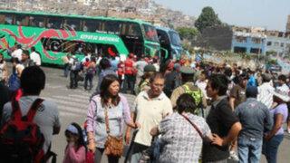 Cientos de viajeros regresan a Lima tras disfrutar feriado largo por Fiestas Patrias