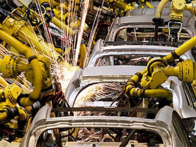 Alemania: robot  fuera de control mata a trabajador en una fábrica de autos