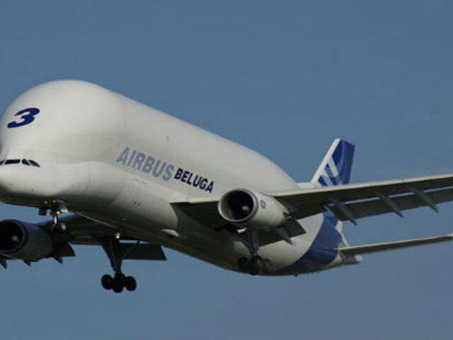 FOTOS : conoce al 'Beluga', el avión más extraño del mundo