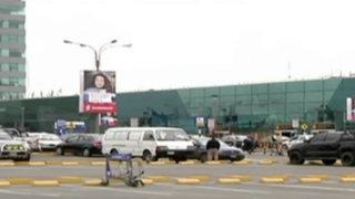 Callao: fiscalizarán taxis dentro y fuera del aeropuerto Jorge Chávez