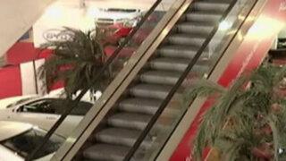 Inspeccionan escaleras eléctricas en centros comerciales de Lima Norte