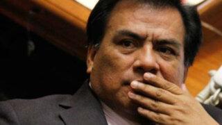 Velásquez Quesquén impulsa en el Congreso ley que afecta libertad de prensa