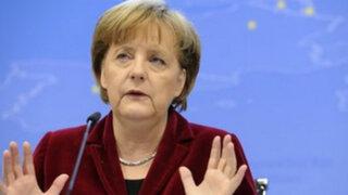 Alemania: Angela Merkel plantea revisar espacio Schengen