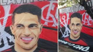 Paolo Guerrero  : hinchas de Flamengo dedican banderola al 'depredador'