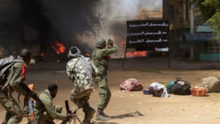 Mali: al menos 12 muertos deja toma de rehenes en hotel