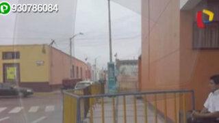 Municipalidad de San Pedro de Lloc coloca rejas invadiendo el espacio público