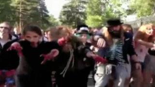 Rusia: muertos vivientes invaden las calles en flashmob