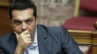 Grecia: primer ministro renuncia por crisis político-económica