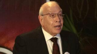 Exempresario de TV Baruch Ivcher denuncia seguimiento de la DINI