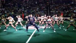 YouTube: jugador de fútbol americano sorprende con espectacular coreografía