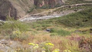 Caída de auto a abismo deja dos muertos y siete heridos en Cajamarca