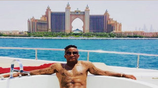 El 'jeque' Farfán: futbolista se relaja de esta manera en Abu Dhabi