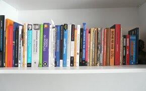 Esta aplicación te ayudará a organizar tu colección de películas y libros