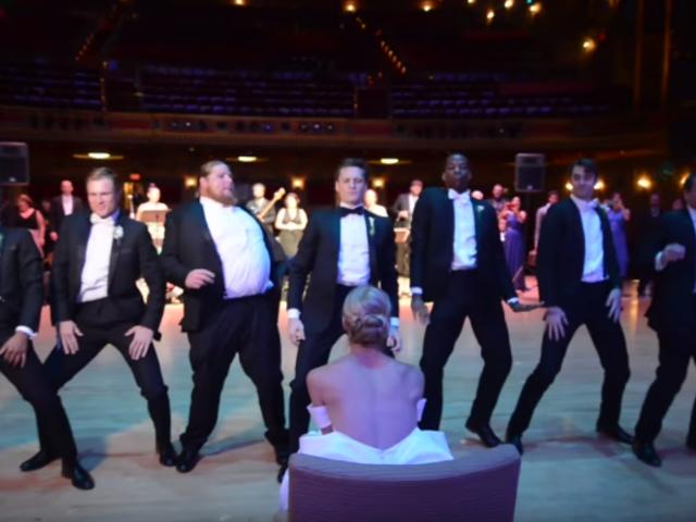 Novio sorprendió a su pareja con increíble coreografía en su boda