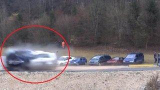 Impactantes imágenes: mira cómo queda un auto al chocar a 200 km/h