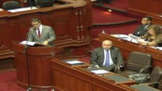Premier y ministro de Economía sustentaron presupuesto del sector público