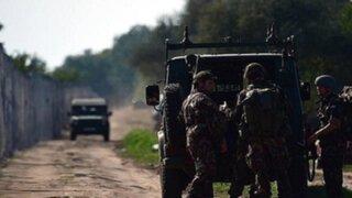 Hungría: construyen cerco para impedir ingreso de refugiados sirios