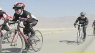 Afganistán: documental sobre la importancia de bicicletas en la vida de la mujer