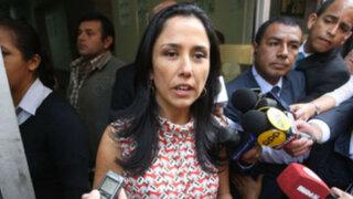 Fiscalización pide levantar secreto bancario de Nadine e Ilan Heredia, su madre y amiga