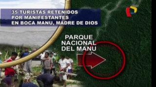 Nativos retienen a turistas en el Parque Nacional del Manu