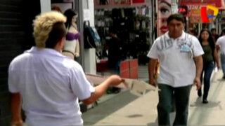 Los 'jaladores' de Gamarra: conozca su ardua labor para captar clientes
