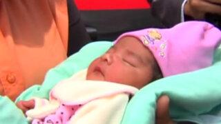 Policías auxiliaron a madre gestante y la ayudaron a dar a luz