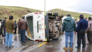 Junín: despiste y volcadura de vehículo deja cinco heridos en La Oroya