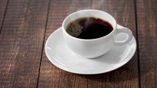 Científicos afirman que tomar café en regular cantidad reduce el riesgo de muerte prematura