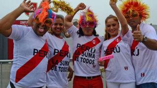 Perú - Chile: fiesta se vive en exteriores de la Videna
