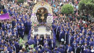 Señor de los Milagros realiza su tercer recorrido procesional