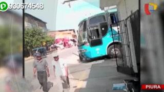 Piura: buses interprovinciales invaden continuamente la vereda