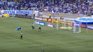 VIDEO: jugador falla gol con la portería vacía