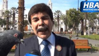 Facebook: alcalde hablaba del problema de las palomas en el Centro de Arequipa, y de pronto…