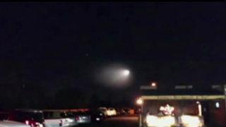 EEUU: extraña luz brillante cruzó el cielo de California