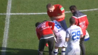 VIDEO: árbitro patea y lesiona a jugador durante partido