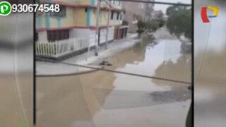 Desagüe colapsa e inunda varias calles de una urbanización de Chiclayo