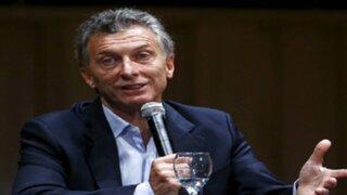 Argentina: Macri presenta equipo y denuncia actitud de Cristina Fernández