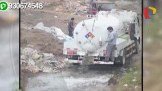 Captan cisterna arrojando deshechos a desembocadura del río Mala