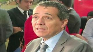 Ministro de Economía vuelve a reducir expectativas de crecimiento del país
