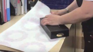 VIDEO: cuando veas este truco no volverás a envolver un regalo de otra manera