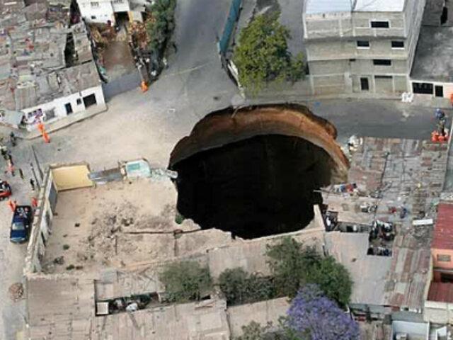 ¿Se hunde la tierra?: aparecen gigantescos agujeros en distintas partes del mundo