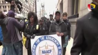 Autoridades liberan a policía que mató a afroamericano en EEUU