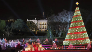 Ambiente navideño ya se vive en Washington pese a atentados en el mundo