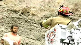 Rescatan a sujeto atrapado en acantilado de la Costa Verde