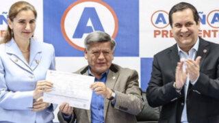 César Acuña incorporó a Anel Townsend a Alianza para el Progreso