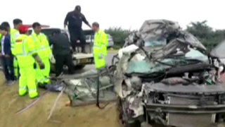 Un muerto y un herido grave tras volcadura de auto en la Panamericana Sur