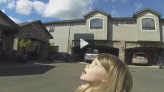 VIDEO: padre de familia utiliza un drone para extraer un diente a su hija
